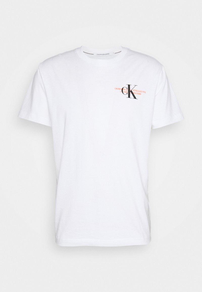 Calvin Klein Jeans - URBAN GRAPHIC UNISEX - Print T-shirt - bright white