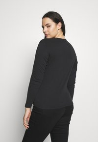 Levi's® Plus - BABY TEE - Long sleeved top - black solid - 2