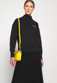 HUGO - DAKERSTIN - Športni pulover - black - 4