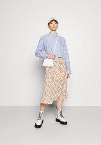 Monki - SIGRID BUTTON SKIRT - A-line skirt - rose - 1
