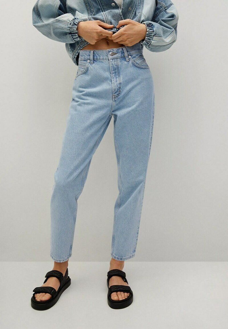 Mango - MOM90 - Jeans Tapered Fit - lichtblauw