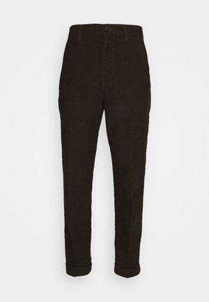 DAREN - Spodnie materiałowe - winter brown