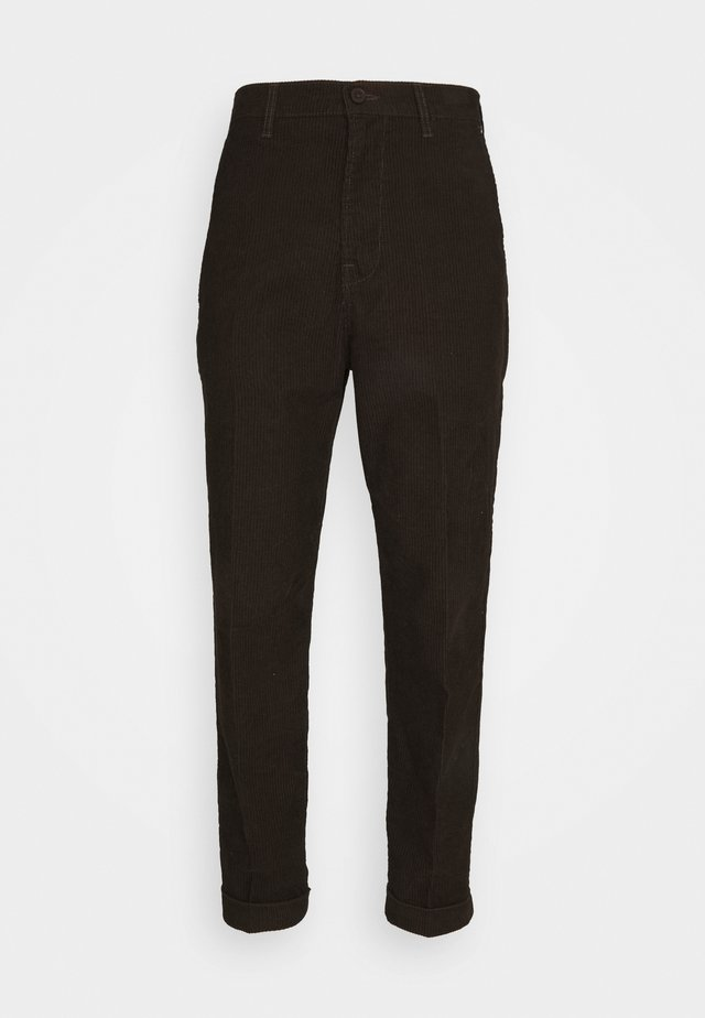 DAREN - Trousers - winter brown