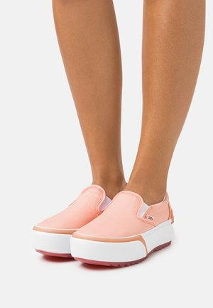 CLASSIC STACKED - Slip-ons - pastel peach pearl/true white