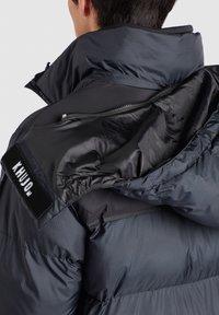 khujo - PERUN - Winter coat - schwarz print - 7