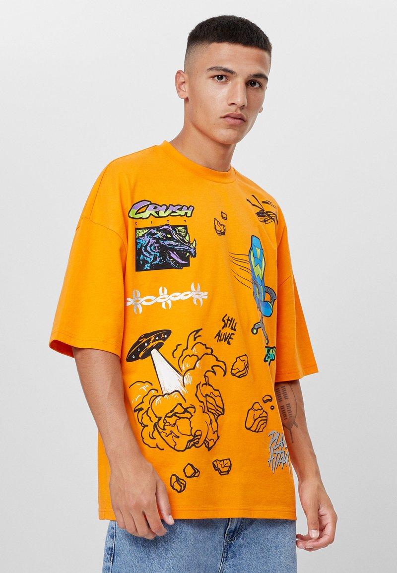Bershka - MIT GAMING - T-shirt con stampa - orange