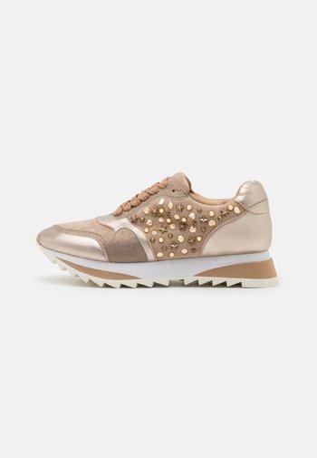 Sneakersy niskie - bronze