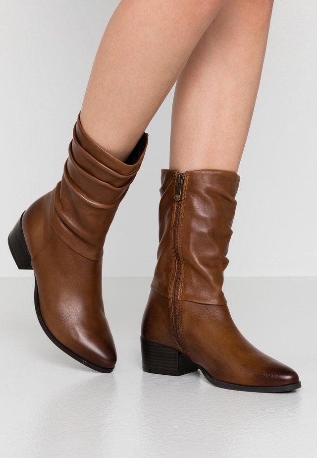 Støvler - cognac antic