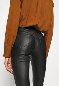 Soyaconcept - SC-PAM 5-B - Pantalon classique - black - 4