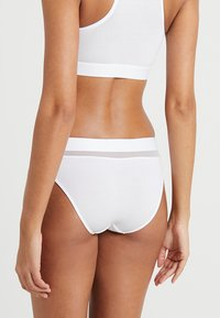 Tommy Hilfiger - SHEER FLEX  - Briefs - white - 2