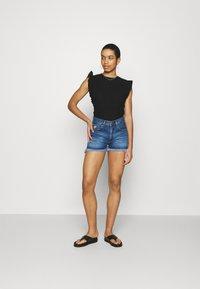 LOIS Jeans - SANTA - Jeansshorts - stone - 1