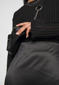 Weekday - SIGNE SKIRT - Pencil skirt - black - 3
