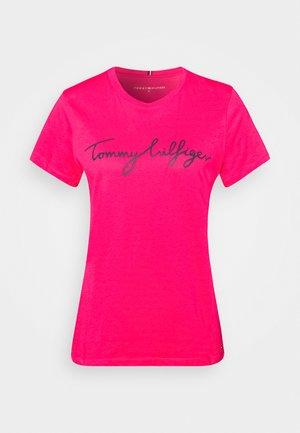CREW NECK GRAPHIC TEE - Camiseta estampada - bright jewel