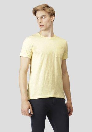 KOLDING - T-shirt basic - pastel yellow