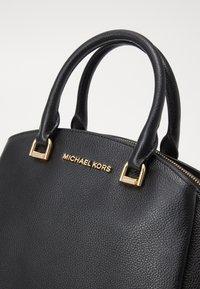 MICHAEL Michael Kors - MAXINE DOME SATCHEL - Bolso de mano - black - 3