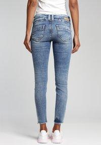 Gang - SKINNY FIT - Jeans Skinny Fit - azur vintage - 1