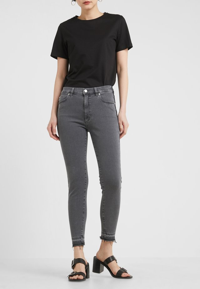 GERNA - Jeansy Skinny Fit - medium grey