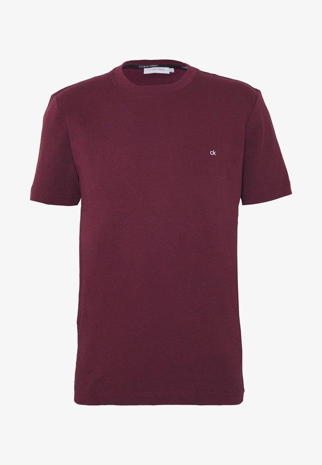 LOGO - Basic T-shirt - bordeaux