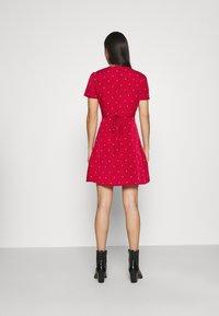 Missguided - HALF BUTTON TEA DRESS  - Shirt dress - red polka - 2
