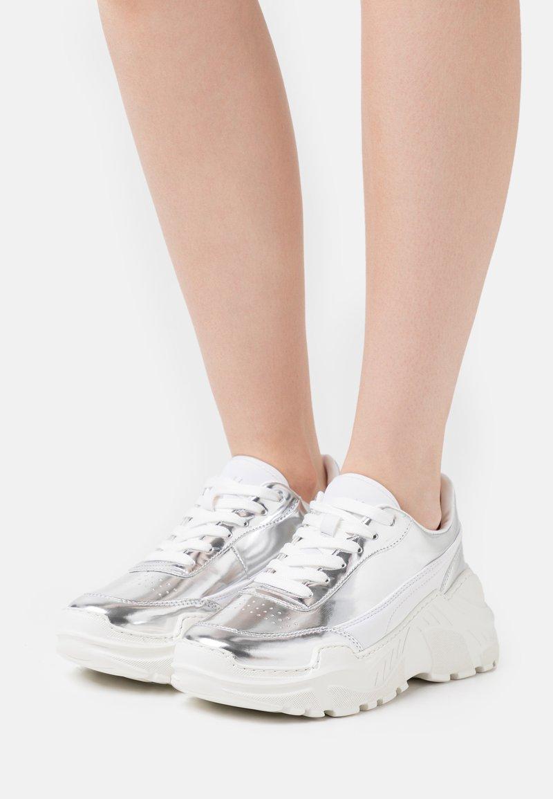 Joshua Sanders - ZENITH CLASSIC DONNA  - Sneaker low - silver