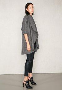 jeeij - Summer jacket - grey meliert - 8