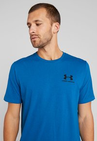 Under Armour - SPORTSTYLE BACK TEE - Print T-shirt - teal vibe/black - 3