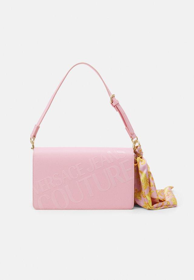 THELMA SHOULDER BAG - Handtas - rosa intimo