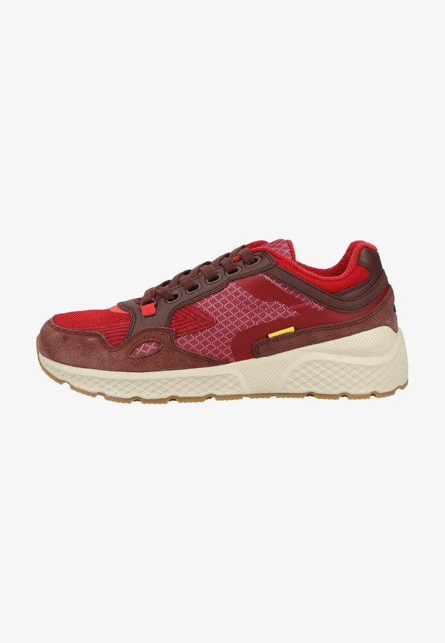 Sneakers laag - red c