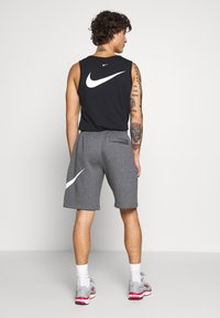 Nike Sportswear - Shorts - charcoal heathr/white - 2