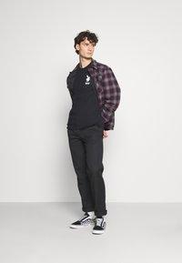 HUF - PLAYBOY OCTOBER TEE - Print T-shirt - black - 1