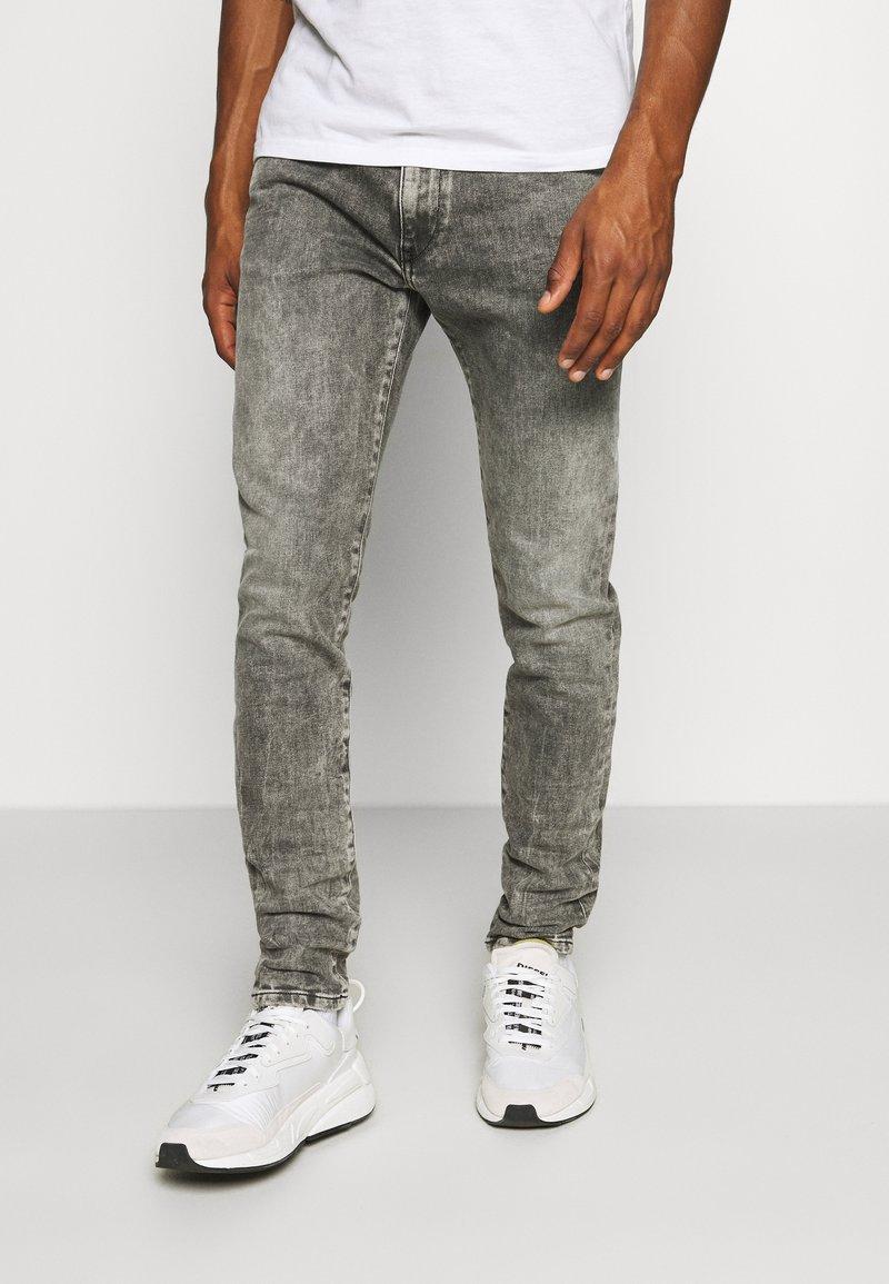Diesel - D-STRUKT - Jeans fuselé - grey