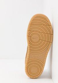 Nike Sportswear - COURT BOROUGH  - Trainers - wheat/light brown - 5