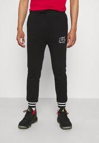 FUBU - SCRIPT - Pantaloni sportivi - black - 0