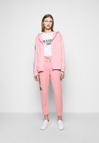 Pinko - ENOLOGIA - Tracksuit bottoms - pink - 1