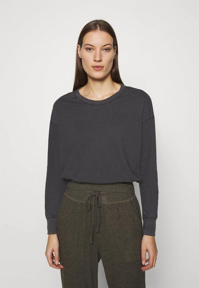 Långärmad tröja - smoked gray