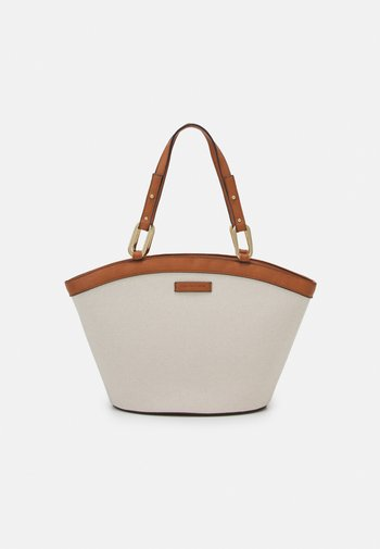 AMY CURVED TOP TOTE BAG