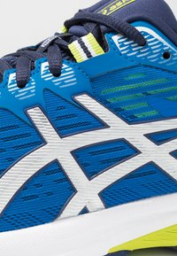 ASICS - GT-1000 8 - Stabilty running shoes - electric blue/silver - 5