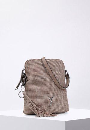 ROMY - Across body bag - sand