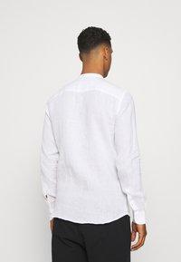 Only & Sons - ONSKARLO MAO SHIRT - Shirt - white - 2