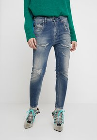 Diesel - FAYZA-T - Slim fit jeans - indigo - 0