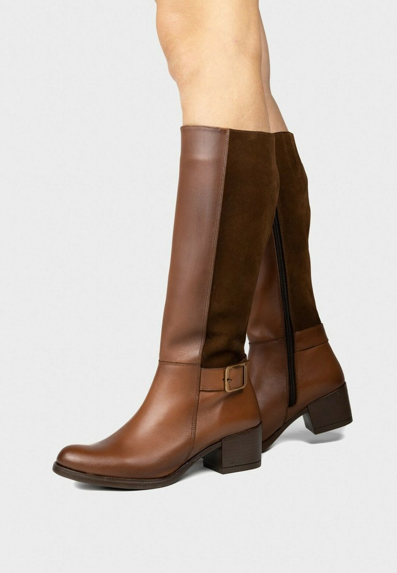 Eva Lopez - Boots - brown