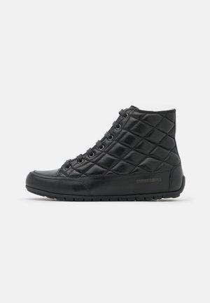 PLUS BORD - Sneakers hoog - venus nero