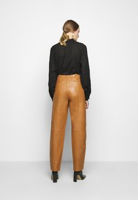 Alberta Ferretti - Leather trousers - brown - 2