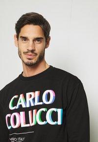 Carlo Colucci - PRIDE CREW - Sweatshirt - schwarz - 3