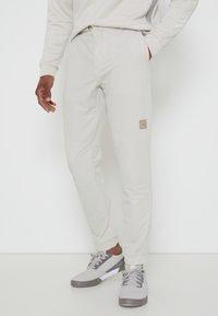 adidas Golf - CROSS PANT - Broek - alumina - 0