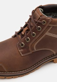 Timberland - LARCHMONT CHUKKA - Lace-up ankle boots - rust - 5