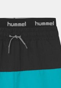 Hummel - GARNER UNISEX - Swimming shorts - scuba blue - 2