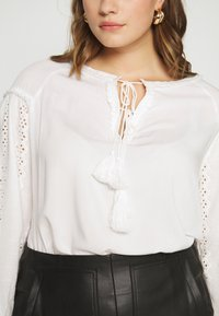 Glamorous Curve - Bluser - white - 4
