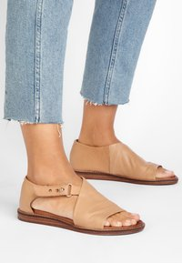 Inuovo - Sandals - scissors scs - 0