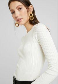 New Look - CREW - Jersey de punto - off white - 5